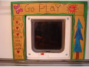 'Go Play' Pet Door Frame