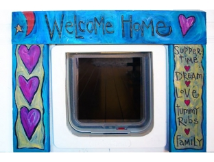'Welcome Home' Pet Door Frame